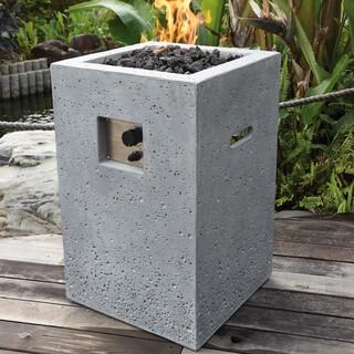 Gasfeuerstelle Kelut in heller Natursteinoptik aus Faserbeton