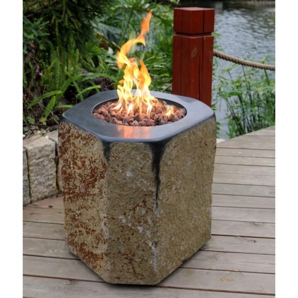 Gardenforma Feuerstelle Derby aus Basalt Naturstein schwarz/braun